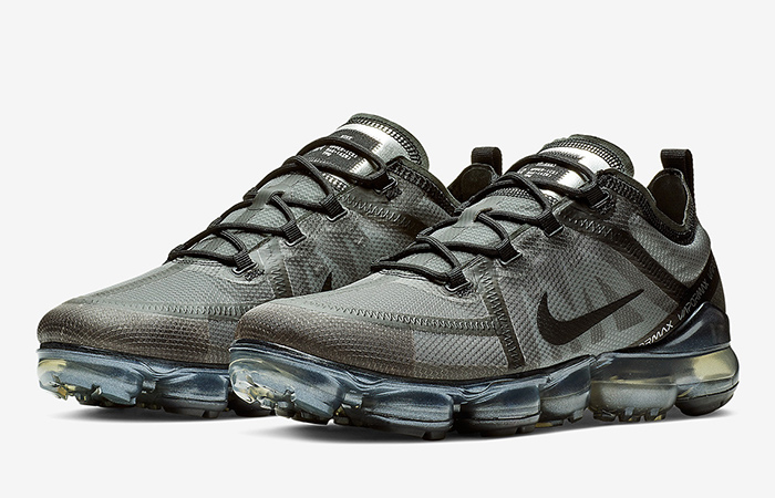 Nike Air VaporMax 2019 Ghost Black Official Look ft