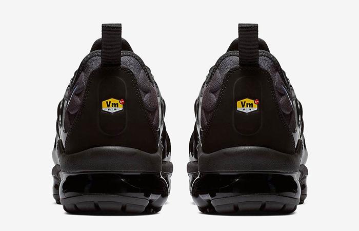 Nike Air VaporMax Plus 924453-018