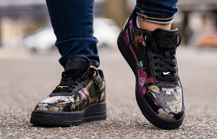 half off 9210a 470e7 Nike Air Force 1  07 LXX Black Floral AO1017-002 – Fastsole