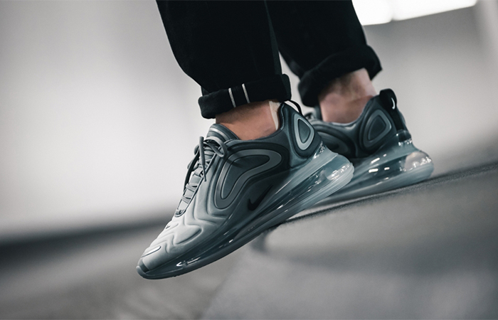 Nike Air Max 720 Carbon Grey AO2924-002 02