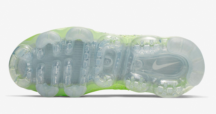 Meet With This Exactly New Air VaporMax 2.0 Swarovski 04