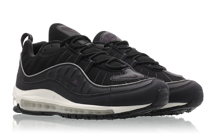 Nike Air Max 98 University Black 640744-009 02