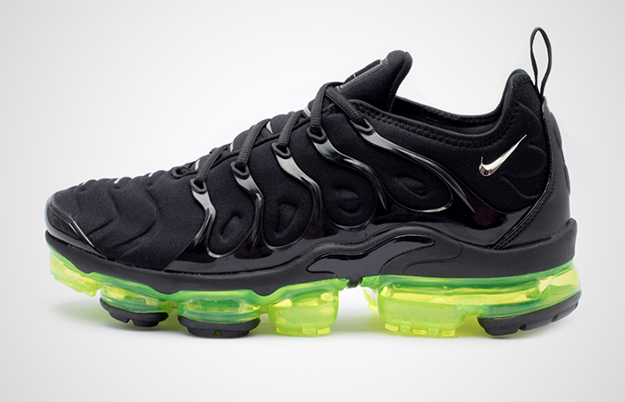 Nike Air VaporMax Plus Black Vlt 924453-015