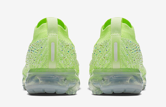Nike Womens Air VaporMax 2.0 AT5673-700