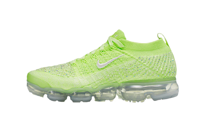Nike Womens Air VaporMax 2.0 Swarovski AT5673-700 01