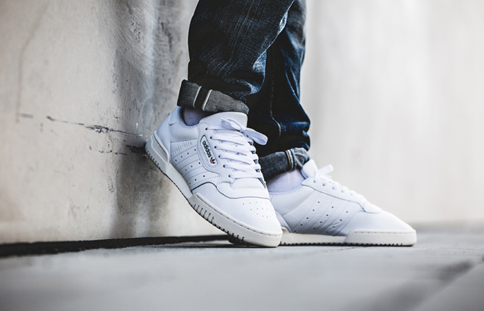 adidas Powerphase White EF2888