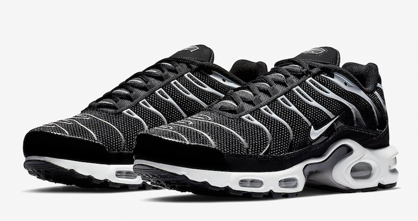 Nike Air Max Plus Black Reflecting Silver Releasing Soon 01