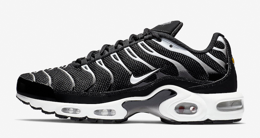 Nike Air Max Plus Black Reflecting Silver Releasing Soon 02