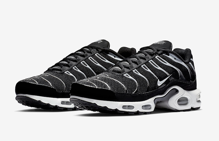 5607a18aff Nike Air Max Plus Black Reflecting Silver Releasing Soon
