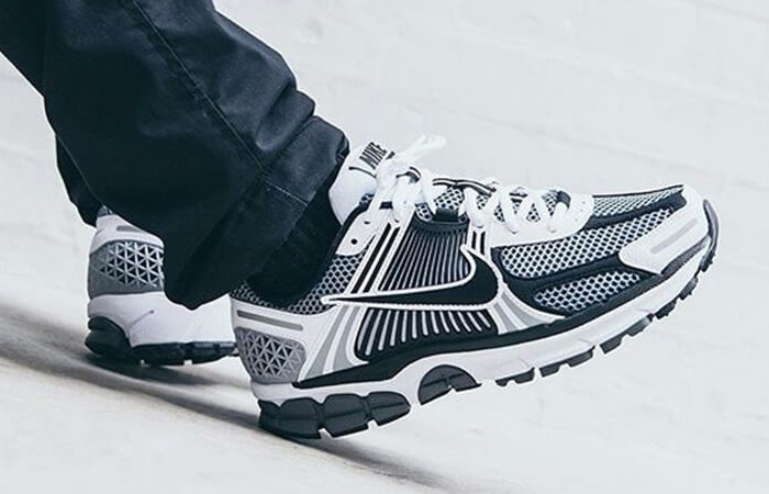 Nike Zoom Vomero 5 Grey Black CI1694-001 02