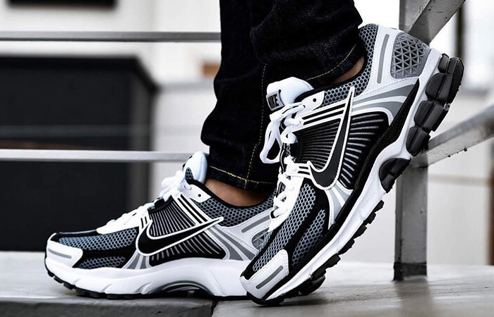 Nike Zoom Vomero 5 Grey Black CI1694-001 03