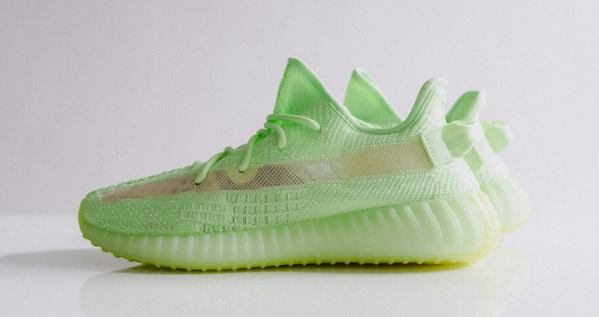 06a1b5dada5c5 Here Is A List Of Snaps OF Yeezy Boost 350 V2  Glow In Dark  – Fastsole
