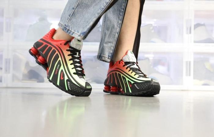Neymar Nike Shox R4 Sao Paulo Markets BV1387-001 02