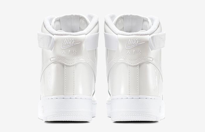 Nike Air Force 1 High Retro 743546-107
