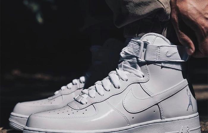 Nike Air Force 1 High Retro QS 743546-107 on foot 02