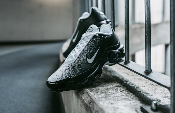 Nike Air Max Plus SE Black White