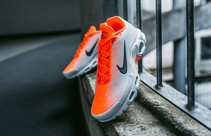 ed961e0e3f ... Nike Air Max Plus White Orange CI7701-800 02 ...