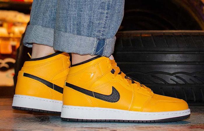 Nike Jordan 1 Mid Gold Black 554724-700 03 (2)