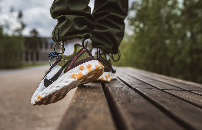 Nike React Element 87 AQ1090-300