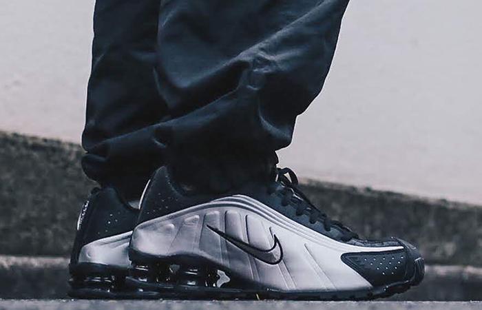 buy online 5fefd 3f682 Nike Shox R4 Metallic Silver