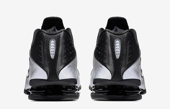 Nike Shox R4 Metallic Silver 104265-045