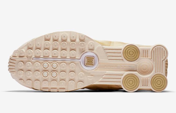 Nike Womens Shox R4 Guava AR3565-800