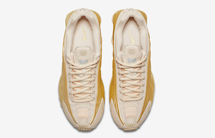 Nike Womens Shox R4 Guava Ice AR3565-800 03