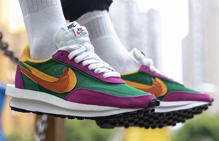 Sacai Nike LDV Waffle Green Pink BV0073-301 on foot 01