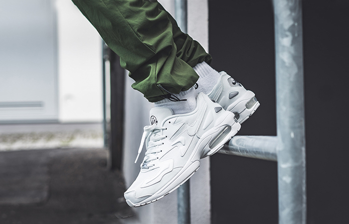 https://fastsole.co.uk/wp-content/uploads/2019/06/Nike-Air-Max-2-Light-White-AO1741-102-02.jpg