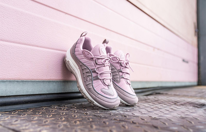 Nike Air Max 98 Trainners Are Only £100 At Offspring ft