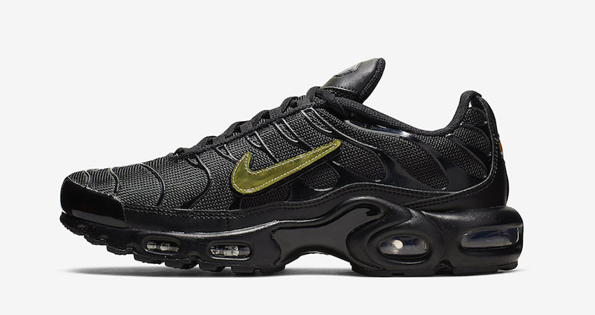 Nike Air Max Plus Is Releasing With Removable Metalic Gold Swooshes
