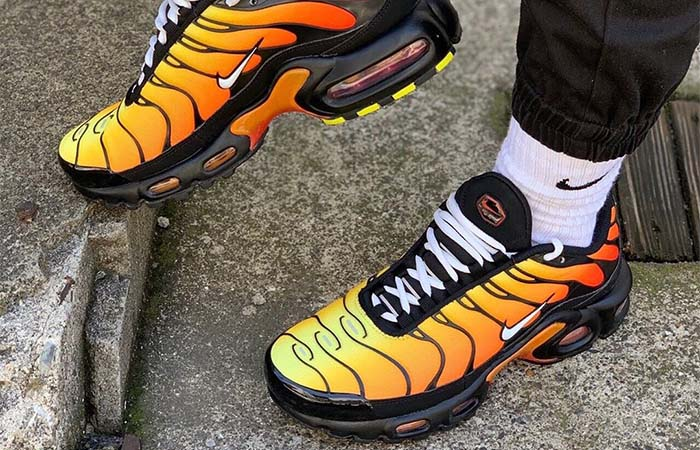 Si A rayas Altoparlante  Nike TN Air Max Plus Tiger Orange 852630-040 – Fastsole