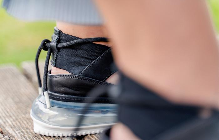 Nike Womens Air Max FF 720 Black AO3189-001