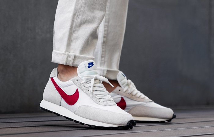 Undercover Nike Daybreak University Red BV7725-100 on foot 01