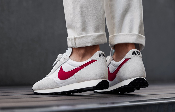 Undercover Nike Daybreak University Red BV7725-100 on foot 02
