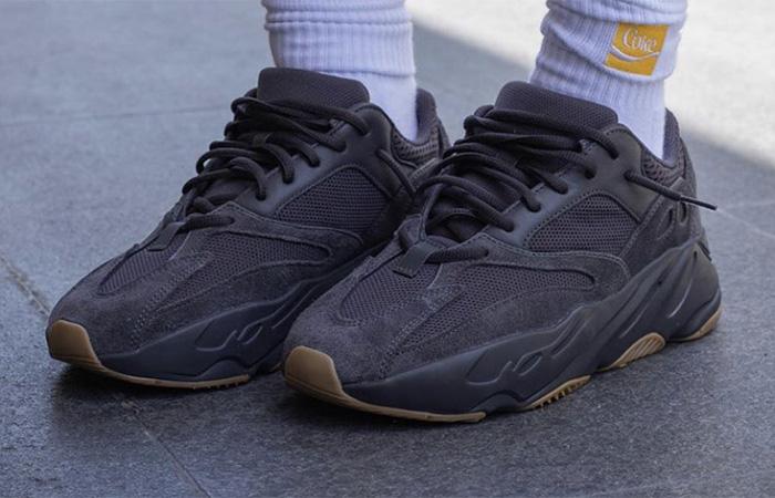 Yeezy Boost 700 Utility Black on foot 01