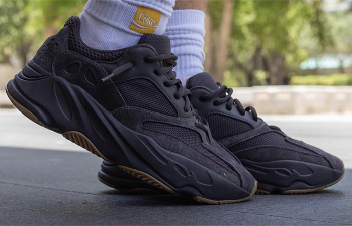 Yeezy Boost 700 Utility Black on foot 02