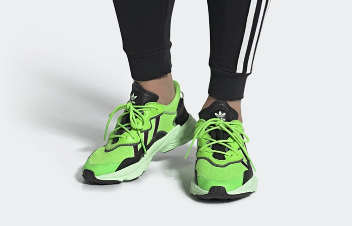 https://fastsole.co.uk/wp-content/uploads/2019/06/adidas-Ozweego-Solar-Green-EE7008-on-foot-02.jpg