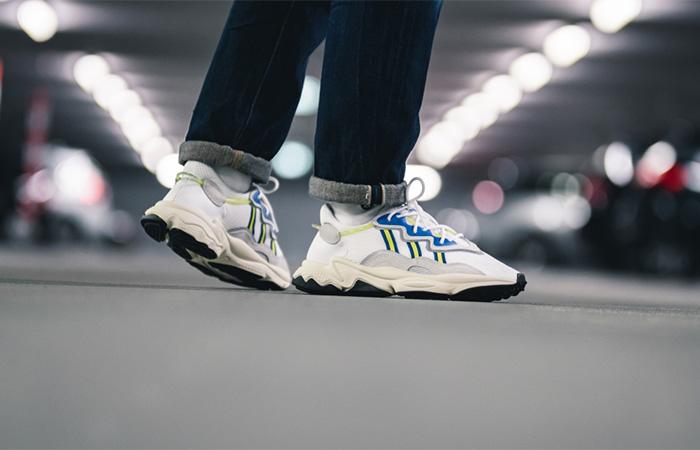 adidas Ozweego White Grey EE7009 on foot 01