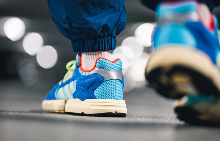 adidas ZX Torsion Royal Blue EE4787 on foot 04
