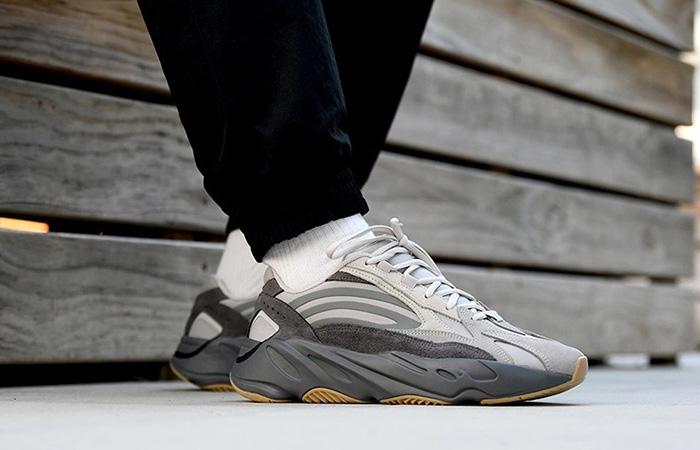 adidas-yeezy-boost-700-v2-tephra ft