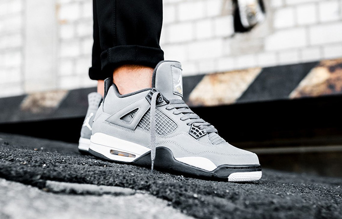 https://fastsole.co.uk/wp-content/uploads/2019/07/Jordan-4-Cool-Grey-308497-007-on-foot-01.jpg