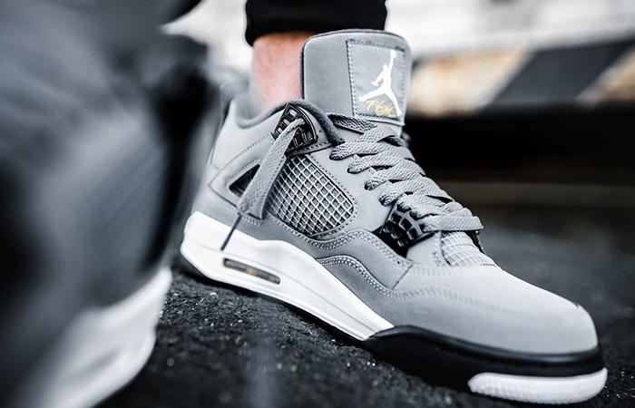 Jordan 4 Cool Grey 308497-007 on foot 03