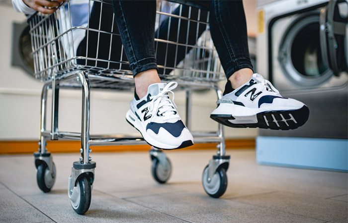 New Balance Black And White WS997JCF on foot 02