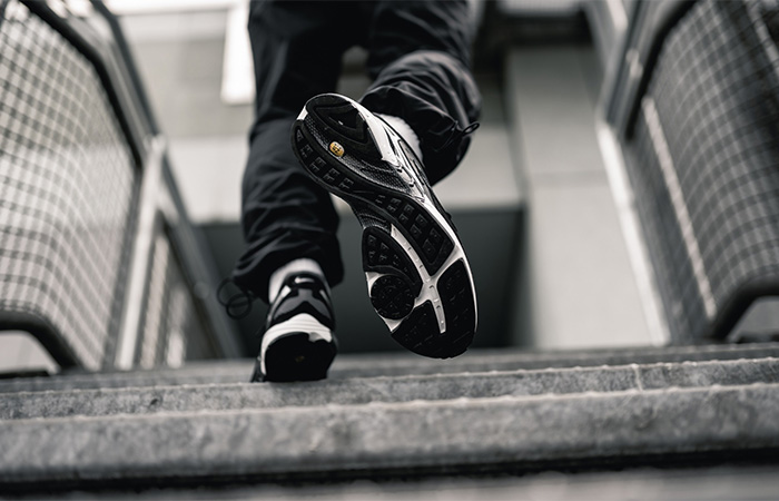 Nike Air Ghost Racer Silver Black AT5410-002 on foot 03