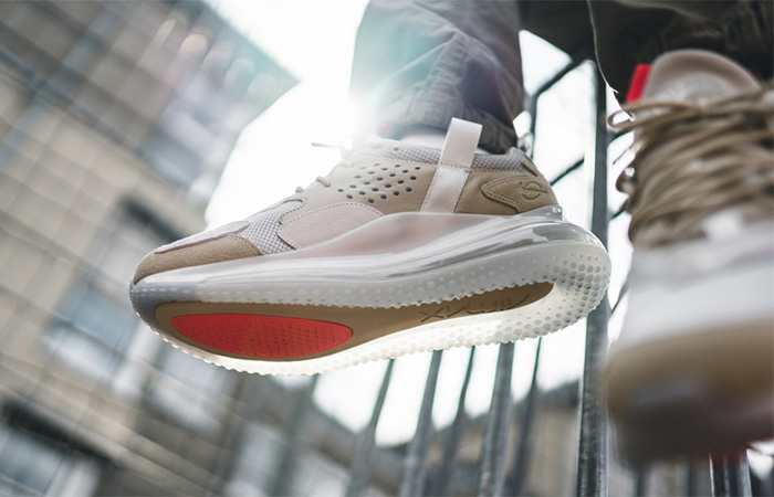 Nike Air Max 720 OBJ Desert Ore CK2531-200 on foot 02
