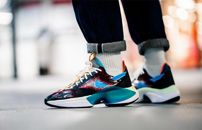 Nike DMSX N110 DIMSIX AT5405-001 on foot 01