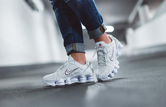 Nike Shox TL White AR3566-100 on foot 01