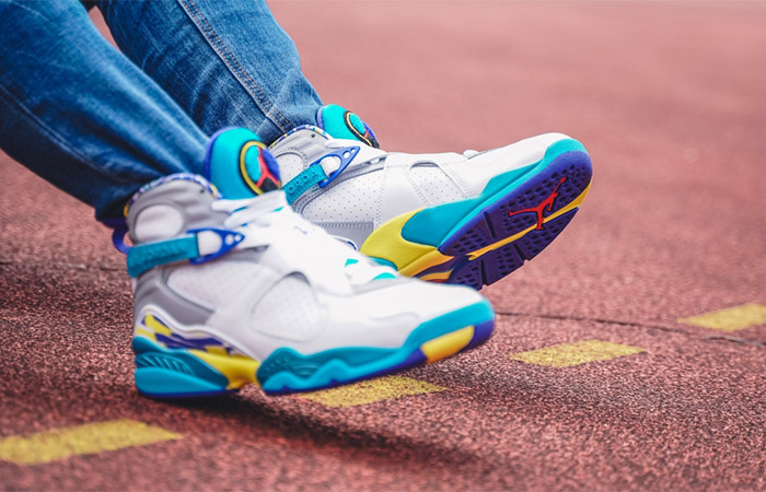 Nike WMNS Air Jordan 8 Retro White Aqua CI1236-100 on foot 02
