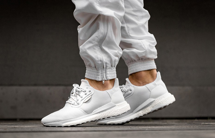Pharrell adidas Solar Hu Glide White EF2378 on foot 02